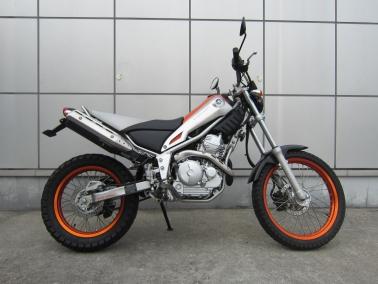 トリッカー(XG250)